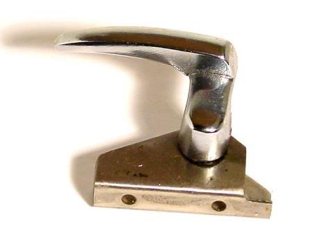 Fermeture de déflecteur Type1 berline et cabrio 08/64-07/67 droite