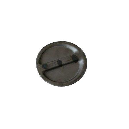 Plaque de trappe d'accès dans le plancher de la cabine afin d'atteindre le maîtr