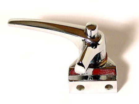 Fermeture de déflecteur T1 berline et cabrio -07/64 gauche/ T2 -67 droite